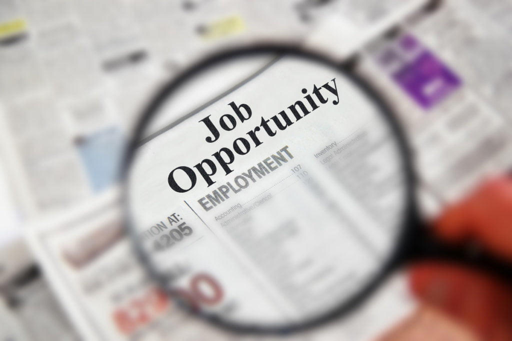 The best tips for freshers to successfully find a job in Dubai